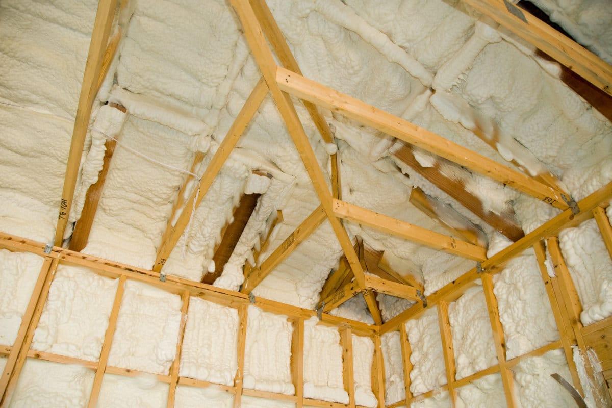 dak isoleren met pur schuim