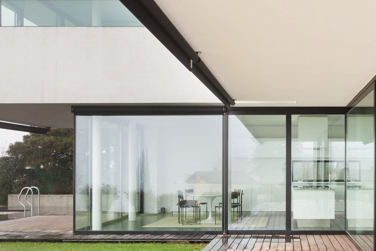 voorbeeld van huis met hoge ramen en deuren prijzen