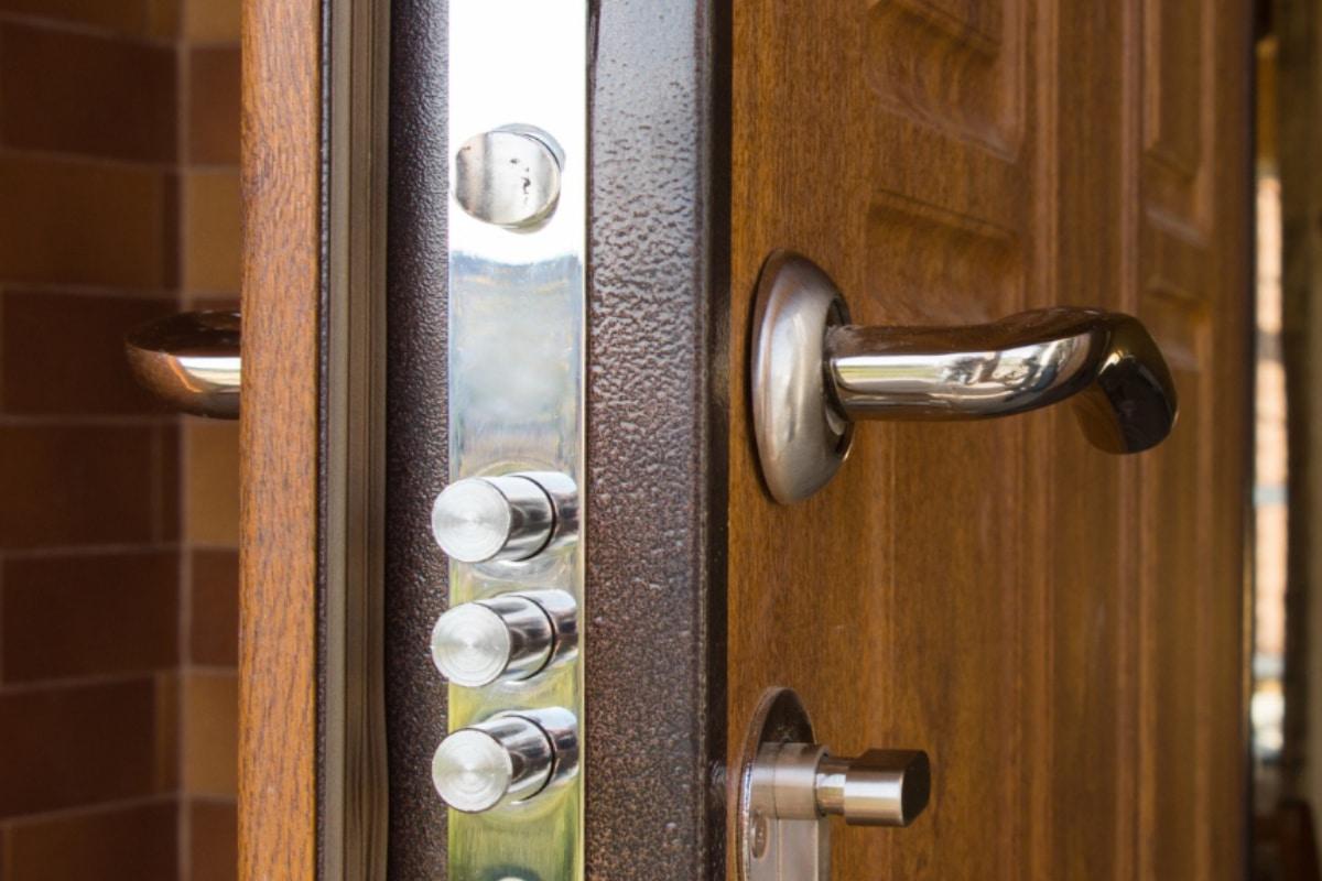 voordeuren met extra beveiliging